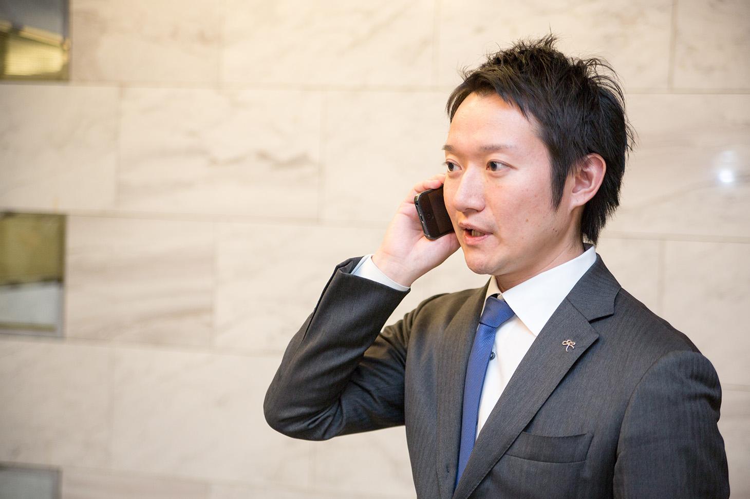 株式会社きちり本部 - 伊藤氏電話シーン