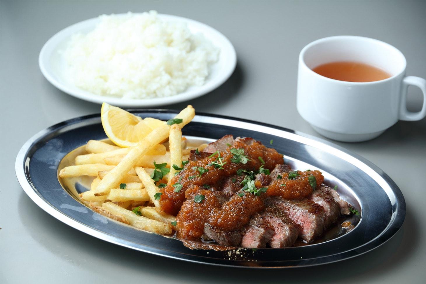 洋食 やまがた軒 - 山形牛ステーキ